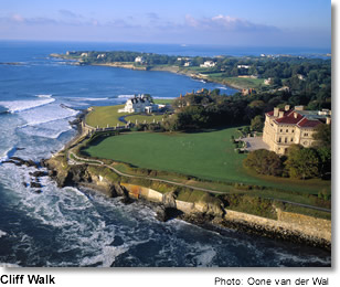 Cliff Walk, Newport, Rhode Island. Photo credit: Oone van der Wal